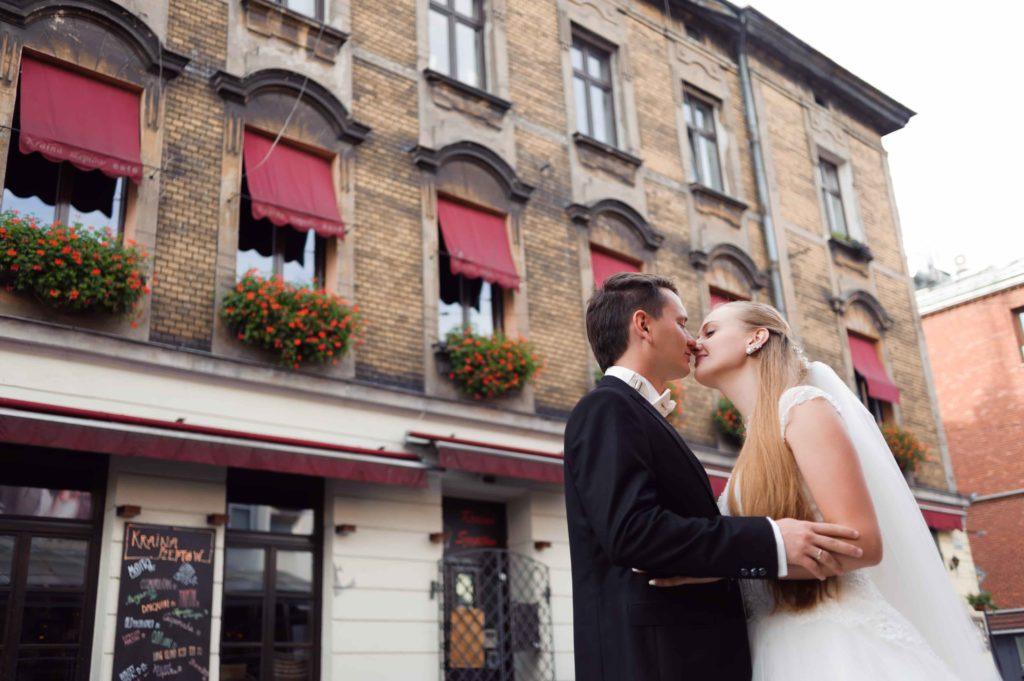 Свадебные влюбленные