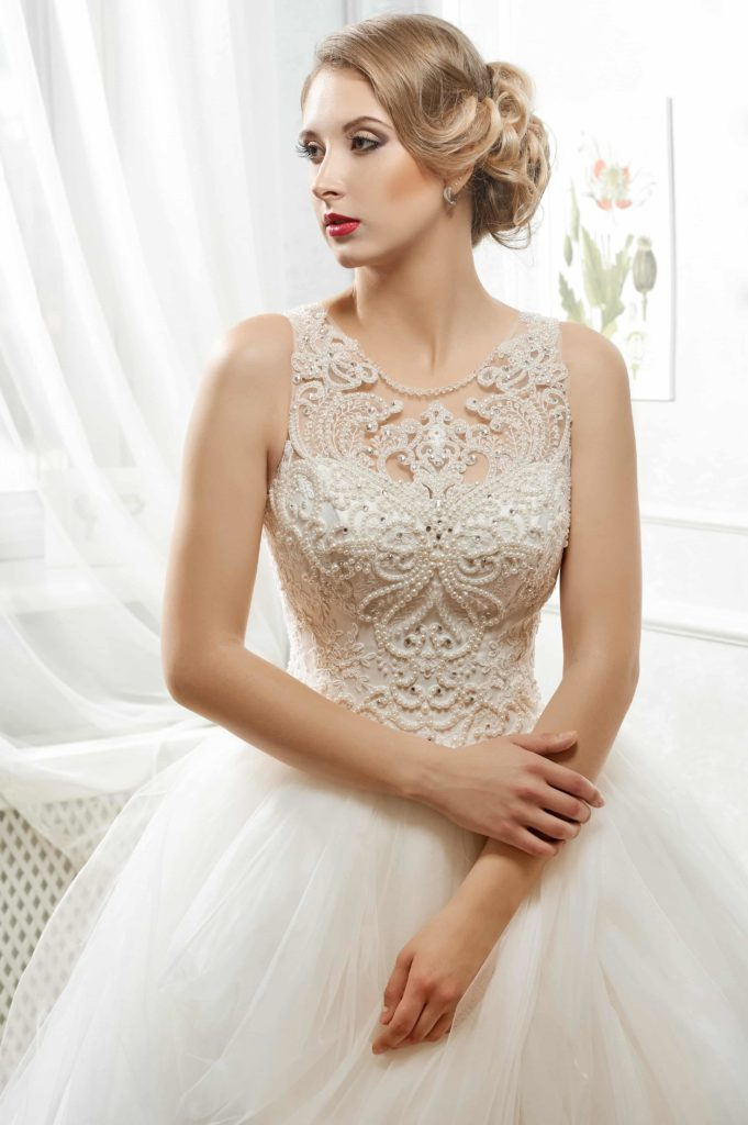 Работа моделью свадебных платьев москва ильясова диана