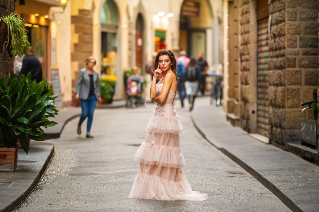 Фото 5 советов по выбору цветного свадебного платья - Blanche Moscow