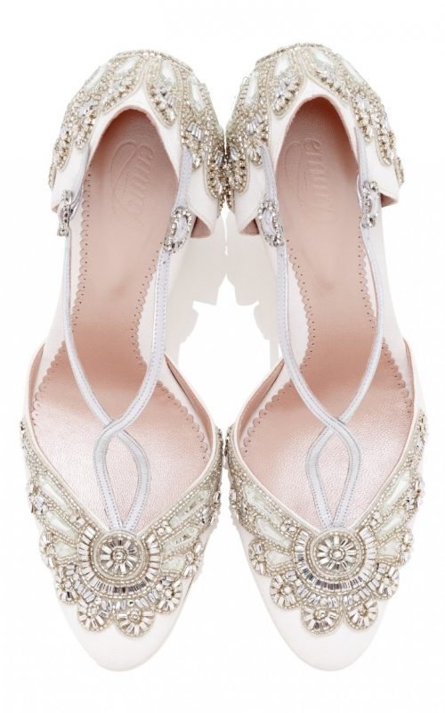 Cecile_Ivory_Silver_04_with_london.jpg